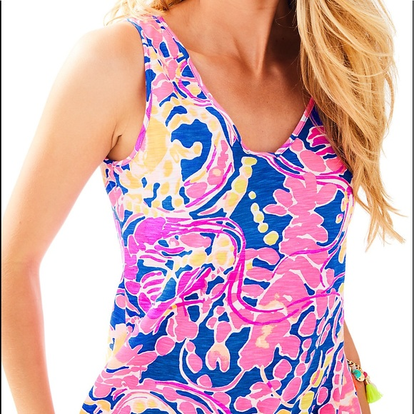 2fb6863466 Lilly Pulitzer Tops - Lilly Pulitzer Gigi Top in Catch and Release S
